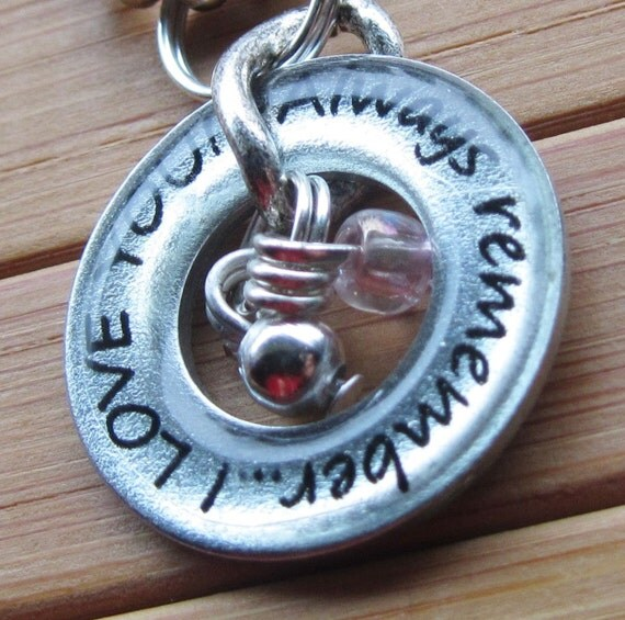 Always remember, I love you...13/16 inch silver word quote washer pendant daughter sister mom friend flower girl wife girlfriend with chain