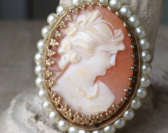 Cameo & Pearls Shell Carved Brooch Vintage Pin