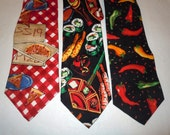 Vintage mens Silk Neckties Food Pizza hot peppers sushi