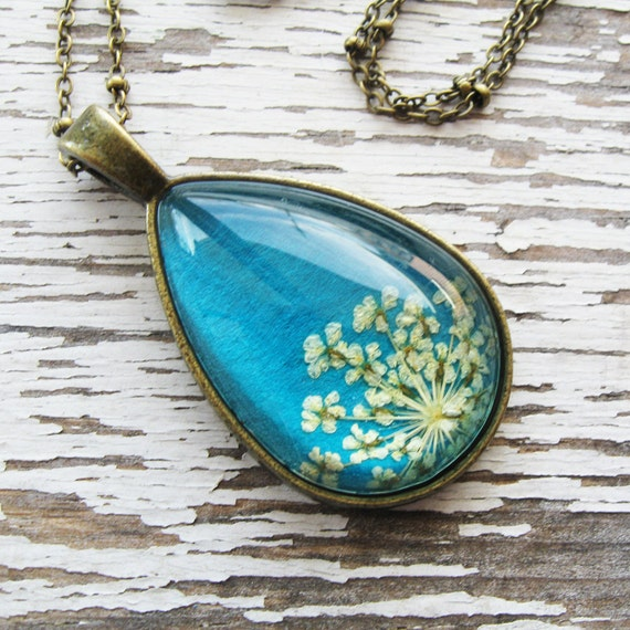 Real Pressed Flower Necklace - Teal Queen Anne's Lace Botanical Teardrop Necklace