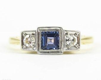 Art Deco Sapphire & Diamond Engagement Ring, Three Stone Trilogy Ring, Square Setting with Milgrain Beading. Circa 1930s, 18ct Platinum.