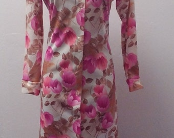 Sale Valentines 1970s Polyester Shirt Style Dress, Pink Floral, Size Medium, #53287
