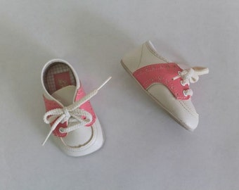 vintage baby shoes - PINK & WHITE saddle shoes / infant size 1 (0-6M)
