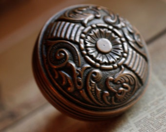 Fabulous Victorian Brass Door Knob, Antique Ornate Door Handle, Detailed Metal Design, Home & Living, Home Decor, Home Accents, Old House