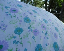 Fashion Manor JC Penney double flat sheet floral white Queen Anne's Lace outlined in green, other flowers in blue and purple,green leaves