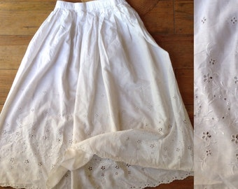 French white cotton petticoat, skirt with lace broderie anglaise size small