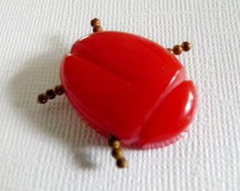 1920s Art Deco Red Bakelite Beetle Button