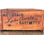 vintage fruit crate - 1920s Lake County Bartlett pear wooden crate