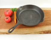 Cleaned Antique Griswold No. 8 Cast Iron Skillet - 704 H Large Logo - Slant Letters... Heat Ring