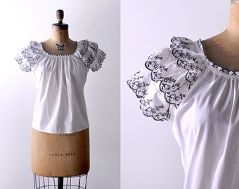 40's ruffled peasant top. 1940's white cotton blouse. black gray embroidered. eyelet blouse. large 40.