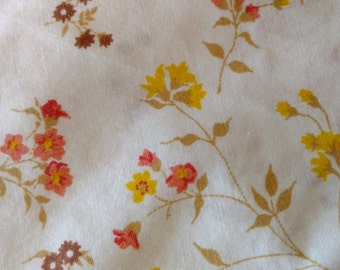 Vintage Twin Flat Top Sheet Earth Tones Floral Vintage Bedding Textiles 65 x 93 inches