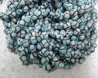 37 pcs blue black tibetan agate beads in 10mm  round faceted