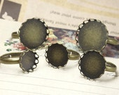 40 Round ring base- Brass Antique Bronzed Adjustable Ring W/ Lace Edged 10mm/ 12mm/ 14mm/ 15mm/ 16mm/ 18mm/ 20mm Round Bezel Setting- Z6089a