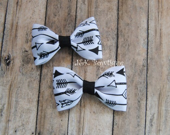 Arrows...Pigtail Mini Bows on clips