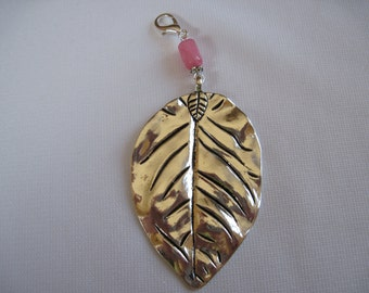 Scarf Jewelry with a lobster claw that can be worn from a scarf tube or as a pendant by ggbeads