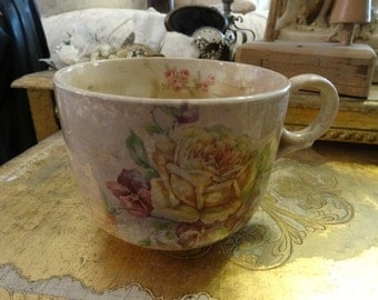 Vintage Shabby Cottage Chic Rose Crazed Large Cup