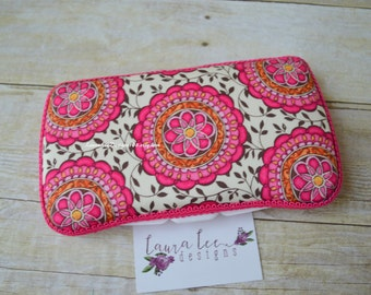 READY TO SHIP, Hot Pink Floral Medallion Travel Baby Wipe Case, Baby Shower Gift, Personalized Case, Wipe Holder, Diaper Bag, Wipe Clutch