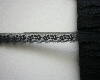 Lace 1471 Black  1/2 inch Wide Lingerie Trim Vintage 5 yds Lace 1471