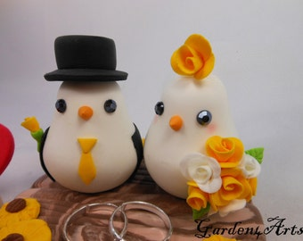 Love Birds Wedding Cake Topper with clay base and rings (Choice of Color) -- Custom order for Ring Pillow -- NEW