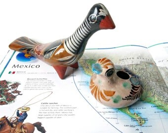 Pair Hand Painted Mexican Folk Art Birds -  Vintage