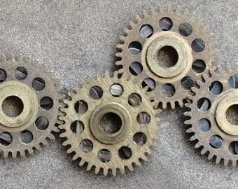 Vintage clock brass gears -- set of 4 -- D18