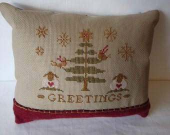 Primitive Christmas tree pillow,  Christmas greeting pillow, small pillow, decorative pillow, ornamental pillow