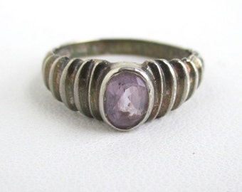 Sterling Silver & Amethyst Ring / Band - Vintage Size 7