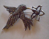 vintage Faux MARCASITE HUMMINGBIRD Brooch Pin  FREE Domestic Shipping