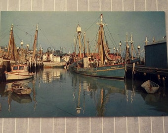 Vintage 3.5 x 5.5 Gloucester Postcard Fishing Boats Harbor Cape Ann Postcard Massachusetts Nautical Postcard Curhan Co Lusterchrome