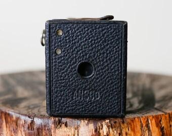 Ansco No. 2 Buster Brown Antique Medium Format Box Camera. 120 Film.