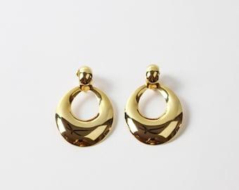 VINTAGE 1980s Big Gold Earrings Dangle Clip On