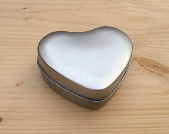 heart shap tin box, jewelry box, candle tin, lip balm tin, blank silver color, 1 small container, 50ml tin