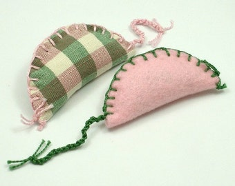 Catnip Mice, Catnip Mouse, No Fur Cat Toys, Pink Mouse Toy, Felt Cat Toys, Felt Mice, Plaid Mouse, Pink and Green Mice (2 Pack)