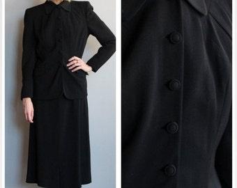 20% Sale 1940s Suit // Forstmann LenCraft Suit // vintage 40s suit