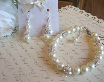 Pearl and Rhinestone Bracelet and Earring Set/Bridesmaid or Bride Pearl Jewelry Set/Bridal Jewelry/Wedding Jewelry