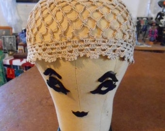 2 Vintage Crochet 1920s Caps Hats