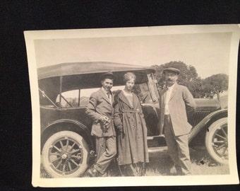 Vintage Old Photo - Men - Women - Vintage Car - Auto - 1920's