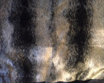 Long pile faux fur in black/Grey/silver by the half metre