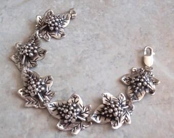 Grape Leaf Bracelet 7.5 Inches Sterling Silver Vintage 010116BKH