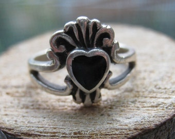 Southwestern Vintage Sterling Silver Ladies Women's Ring with Black Onyx Size 5