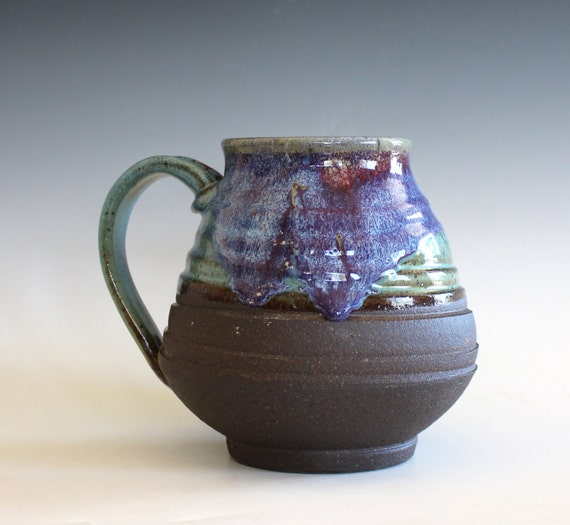 EXTRA LARGE 30 oz Coffee Mug, handthrown ceramic mug, stoneware pottery mug, unique coffee mug