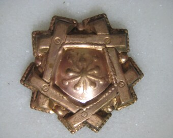 1930s Victorian Style Vintage Raw Unplated Brass Stamping, Jewelry Finding, Embellishment, Decorative Trim, 24mm, 1 pc.