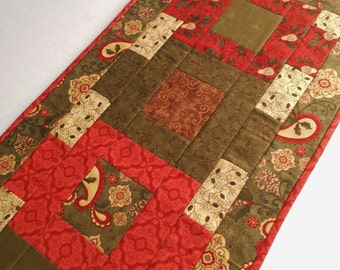 Woodland Quilted Table Runner, Christmas Table Runner, Winter Table Topper, Country Cabin Table Quilt, Pine Fresh by Moda