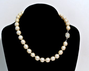 Vintage Carolee Simulated Pearl Necklace