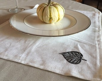 Farmhouse Table Linen Placemats Leaf Print. Botanical Print. Hostess Gift.  Kitchen and Dining Decor. Neutral Table Linens.