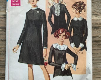 1968 Simplicity Sewing Pattern 7843 Misses Shift Dress w/ Detachable Collar Choices Size 12 Cut- 1960s shift dress,detachable collar pattern