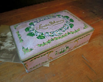 Vintage / Antique Canco Tin / Tin Box / Pink Chocolate Tin / Louis Sherry Tin / Chippy Candy Tin / Cute Vanity Tin