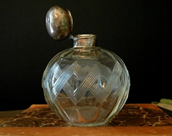 Vintage / Antique Sterling Silver and Glass Perfume Bottle  / Etched Glass  Diamond Pattern / Perfume Bottle Sterling Silver Top