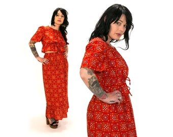 Vintage 1960's Red Flower and Heart Print Two Piece Summer Outfit Blouse and Long Skirt Women's Small Medium by JOVI Retro/Hippie/Boho