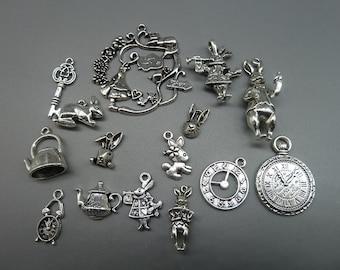 20pcs Mixed Antique Silver Alice in Wonderland Wreath Charm Pendant